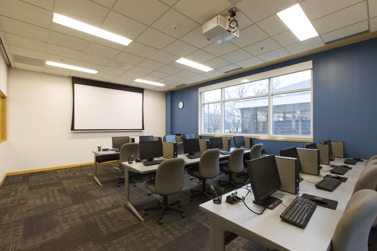 computer training lab woodridge public library